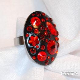 Nagy Piros Gyűrű