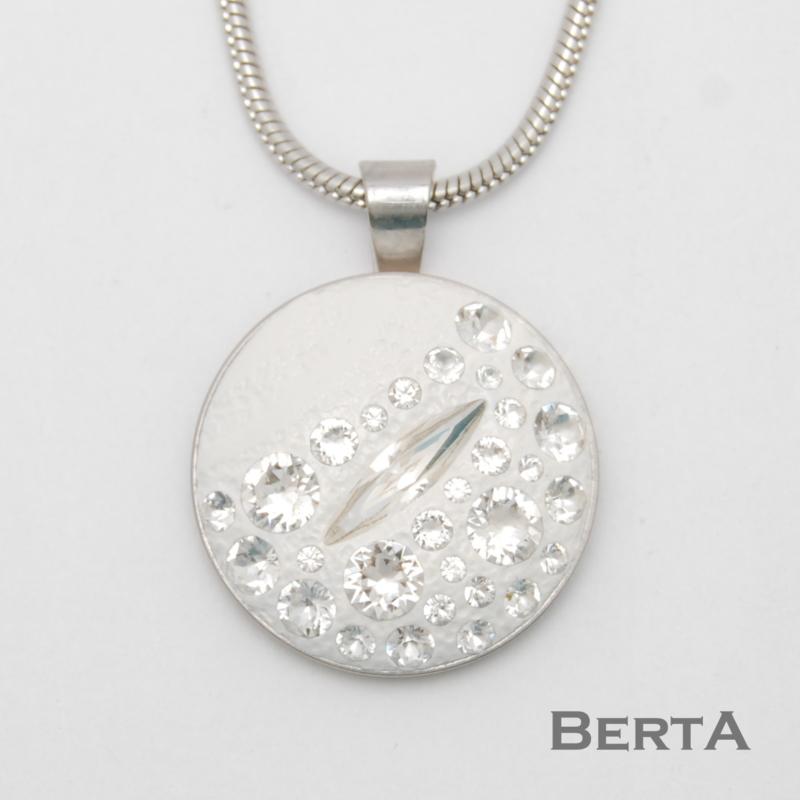 Crystal Medál Swarovski ® kristályokkal